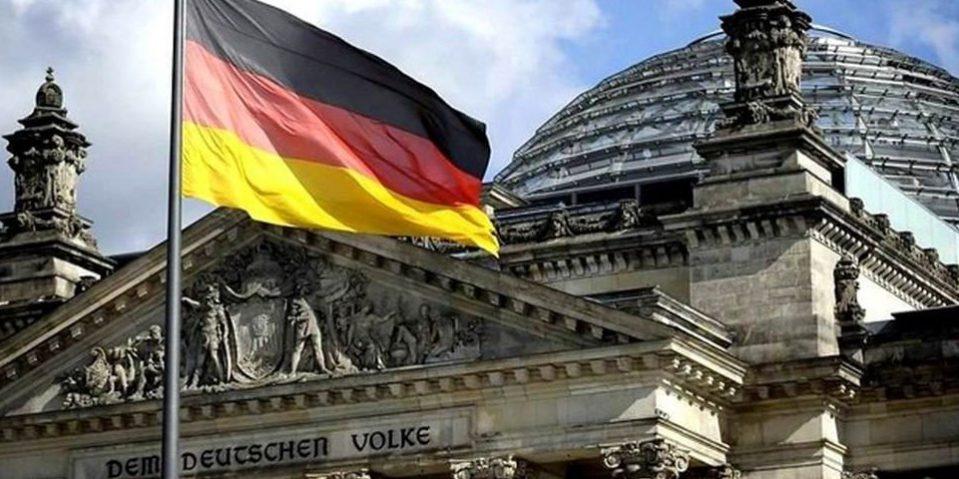 Работа и учеба в германии где за рубежом купить недвижимость